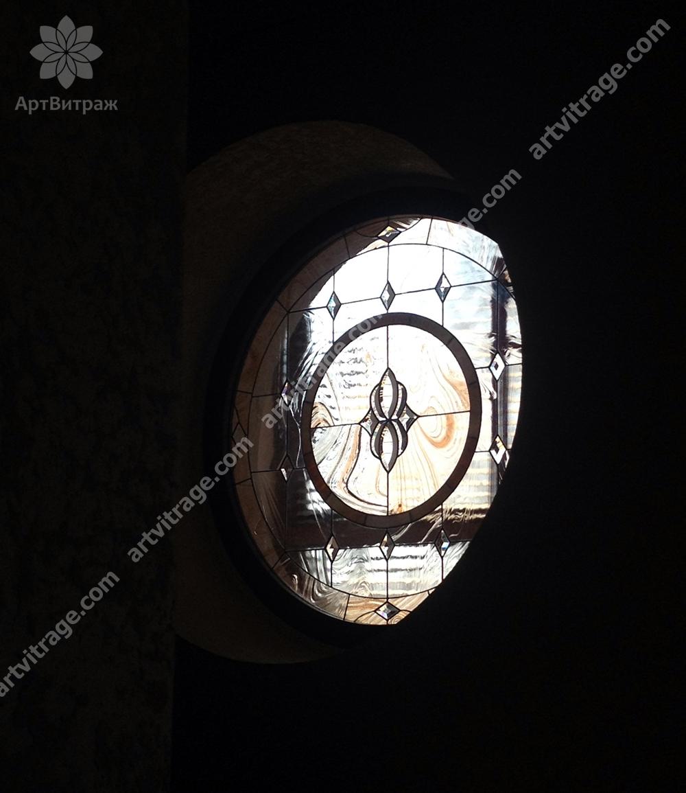 Окно-ниша с витражами Тиффани