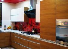 Кухонная панель «Красные цветы»