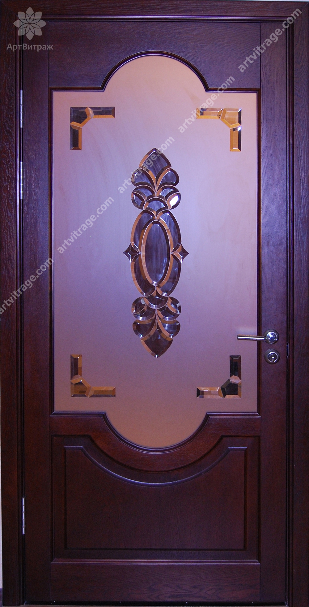 Двери с хрустальными вставками
