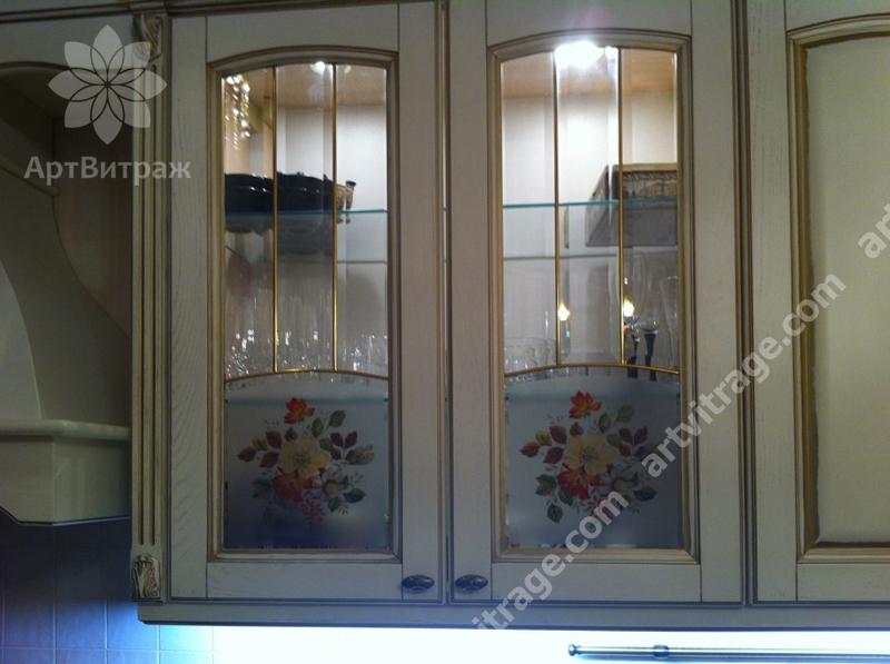 Витражи в кухонные фасады