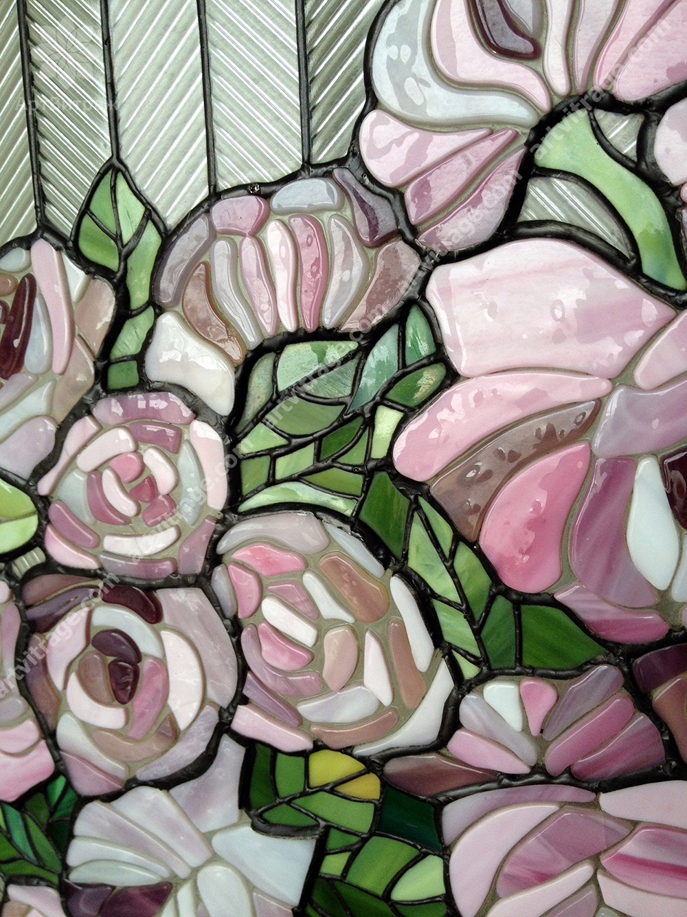 Панно «Натюрморт с розами»